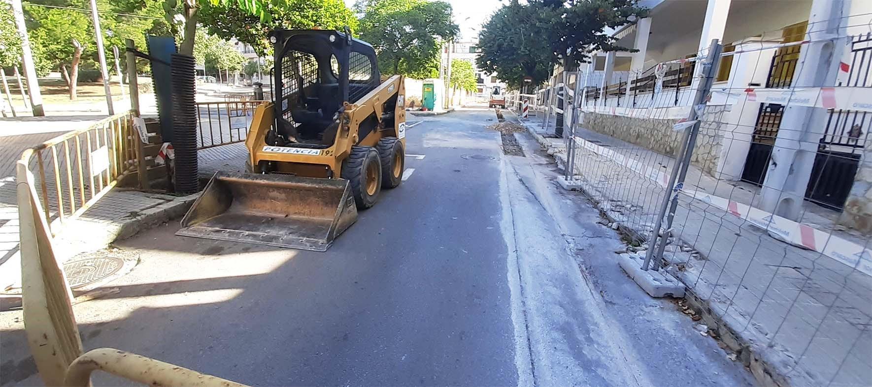 EMAYA renueva más de 2,5 km de red de agua potable del Coll d'en Rabassa